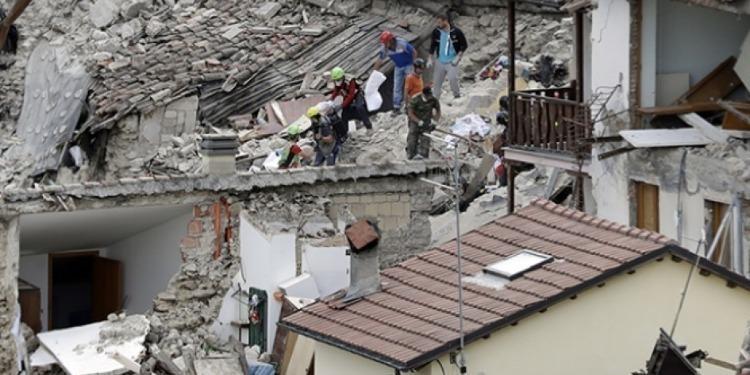 Un séisme de magnitude 6,4 secoue Sumatra
