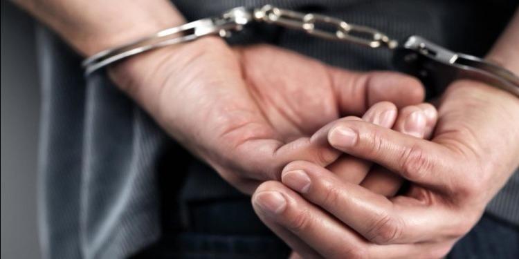 أريانة: القبض على شخصين محلاّ 10 مناشير تفتيش