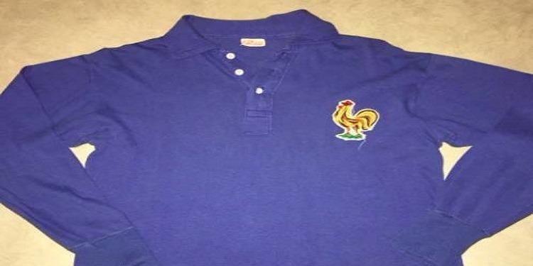 قميص المنتخب الفرنسي في كأس العالم 1958 معروض للبيع مقابل أكثر من 5000 يورو