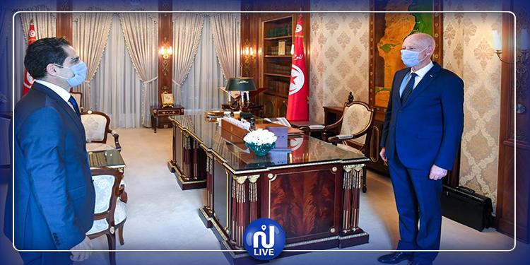 إجلاء التونسيين العالقين محور لقاء رئيس الجمهورية بوزير الخارجية