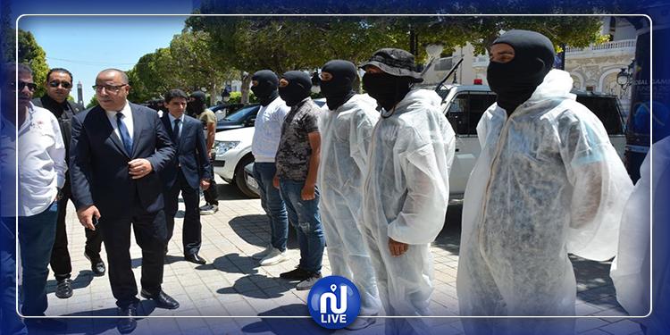 وزير الداخلية يدعو الوحدات الأمنية إلى البقاء في حالة أهبة