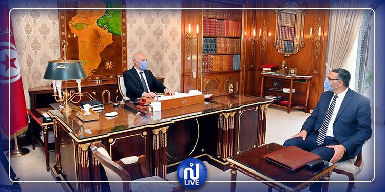 رئيس الجمهورية يستقبل وزير الدفاع الوطني (فيديو)