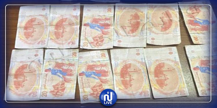 القبض على شخص حاول صرف أوراق مالية مزيفة