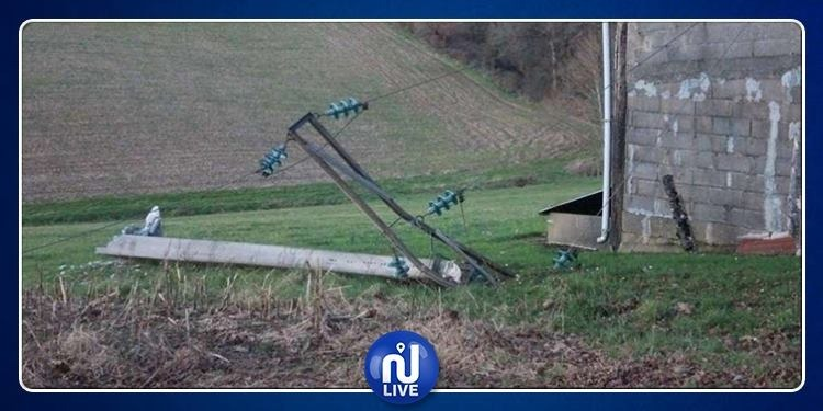 سليانة: إنقطاع التيار الكهربائي بهذه المناطق جراء الرياح