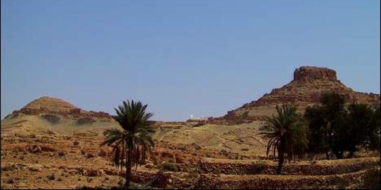 انقاد أربعة سياح تاهوا في صحراء ولاية تطاوين