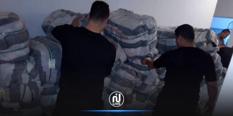 سليانة: حجز ملابس مستعملة بقيمة 390 مليون بأحد المسالك الجبلية