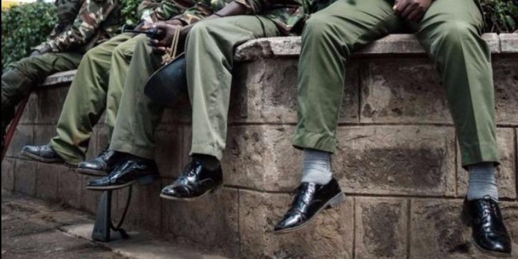 دولة إفريقية تنفق 1.7 مليون دولار لشراء أحذية لشرطييها!