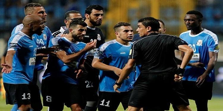 على خلفية الأحداث في مواجهة الترجي: الفيفا يوقف 5 لاعبين وإداري من الفيصلي الأردني