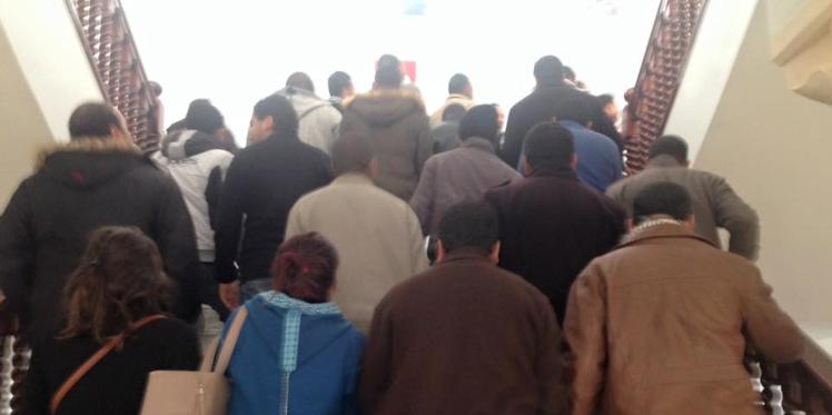 القيروان: اقتحام مقر الولاية للمطالبة بالتنمية والتشغيل