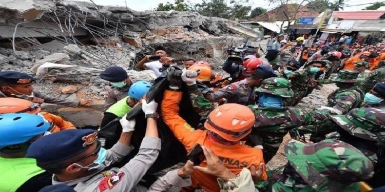 Un séisme dévastateur frappe de nouveau l'île de Lombok