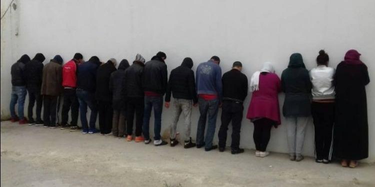 سليانة:تفكيك شبكة من 16 شخصا مختصة في التنقيب وتهريب والاتجار بالآثار