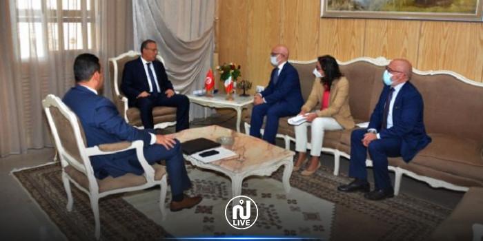 La migration irrégulière au centre d'une réunion entre Gharsallaoui et l'ambassadeur d'Italie à Tunis