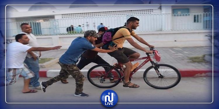 في رحلة تجوب ولايات الجمهورية: شاب على متن دراجته الهوائية  يرد الإعتبار لمنطقة حاجب العيون