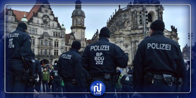 ألمانيا: رجل يستولي على أسلحة أعوان الأمن ويلوذ بالفرار