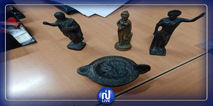سيدي بوزيد: حجز أربع قطع أثرية مهربة (صور)