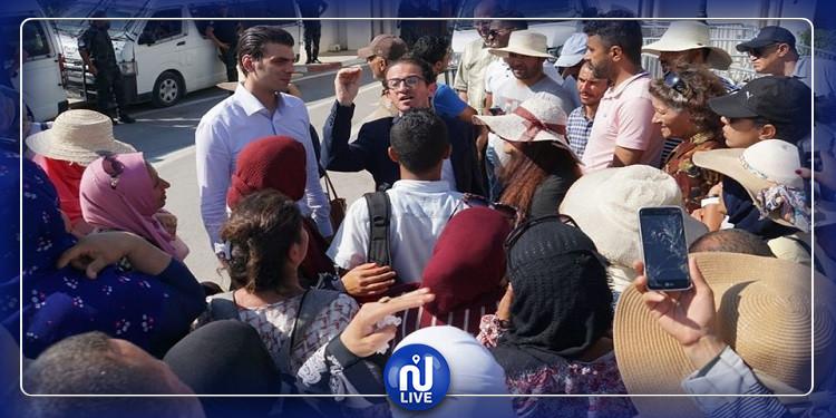 نواب قلب تونس يتقاسمون فرحة المصادقة على قانون الانتداب في الوظيفة العمومية مع المعطلين عن العمل