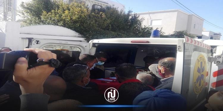 خروج جثمان الراحل  بوعلي المباركي من منزله بالمرسى