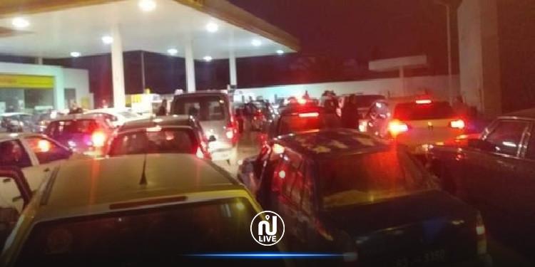 صفاقس: اكتظاظ وطوابير أمام محطات الوقود