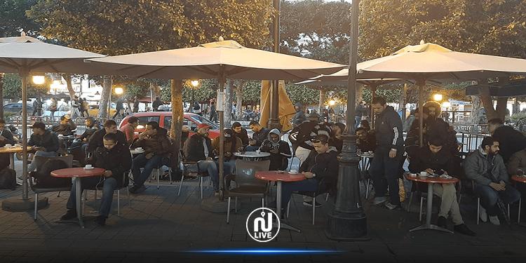 ارجاع الكراسي والطاولات إلى المقاهي والمطاعم بطاقة استعاب 30%