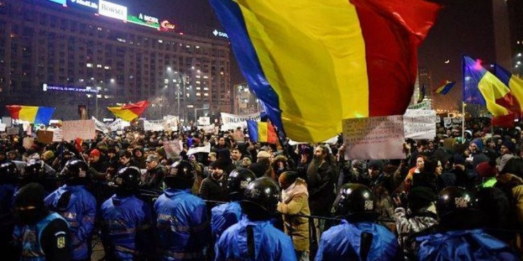 Des manifestations anti-gouvernementales en Roumanie