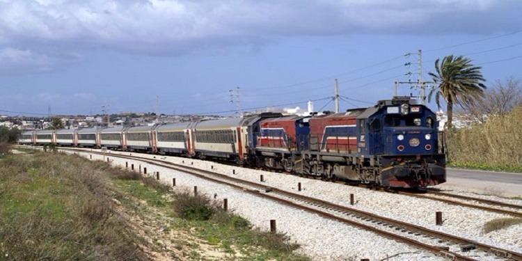 الكاف: إشتعال عربة القطار المتجه من تونس إلى القلعة الخصبة وقصها لتأمين بقية العربات