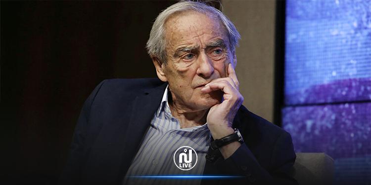 وفاة رائد الصحافة العالمية هارولد إيفانز عن عمر 92 عاما