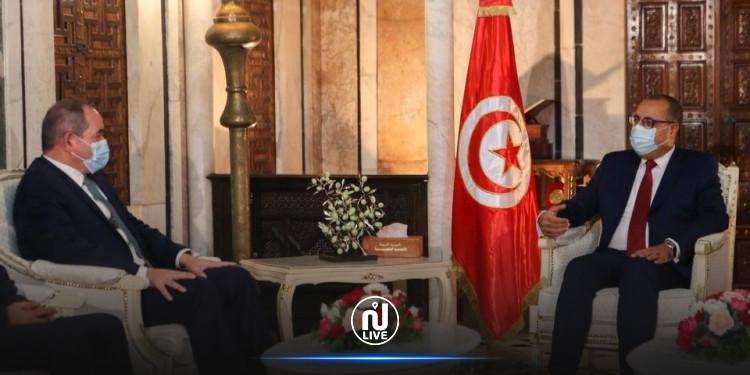 رئيس الحكومة  يستقبل وزير الخارجية الجزائري