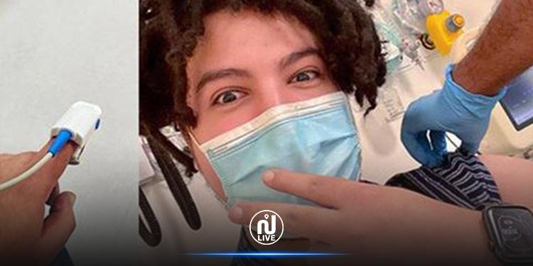 شاب تونسي يتطوع لتلقي جرعة لقاح  مضاد لكورونا في الإمارات