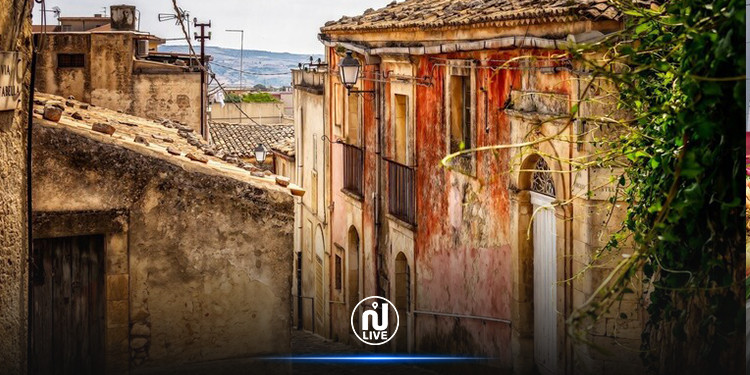 إيطاليا : منازل للبيع والأسعار تبدأ من  1 يورو فقط !
