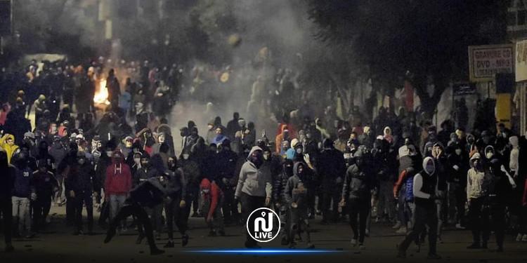 العفو الدولية تدعو إلى الإفراج عن الموقوفين في الأحداث الأخيرة