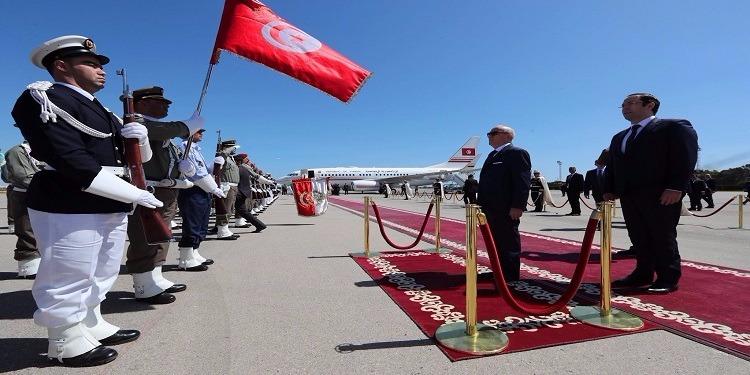 رئيس الجمهورية يتوجه إلي الرياض لملاقاة ترامب