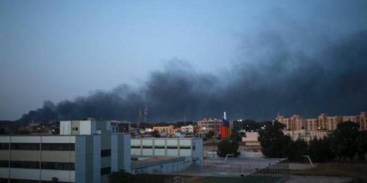 ليبيا : الجيش يشن غارات على مواقع داعش في درنة