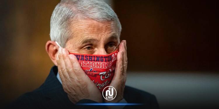 Selon un expert américain, porter deux masques peut s'avérer plus efficace