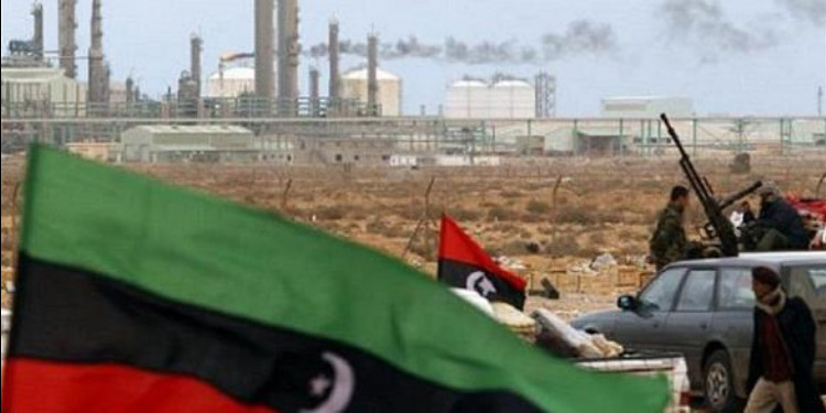 ليبيا : داعش يهاجم حقل البيضاء النفطي