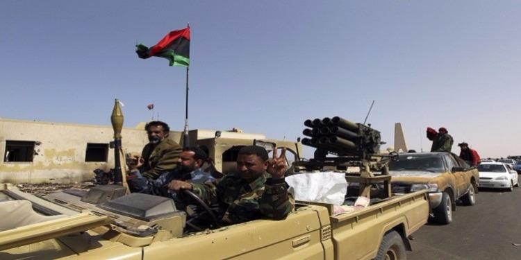 ليبيا : الجيش يبدأ عملية تحرير أكبر قاعدة تمنهت جنوب البلاد