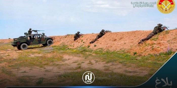 التشكيلات العسكرية تتصدى لثلاث سيارات قادمة من ليبيا