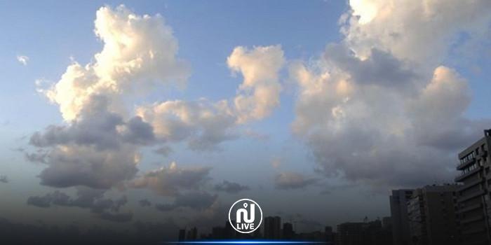 طقس اليوم: استقرار في درجات الحرارة وأمطار متفرقة في المرتفعات الغربية