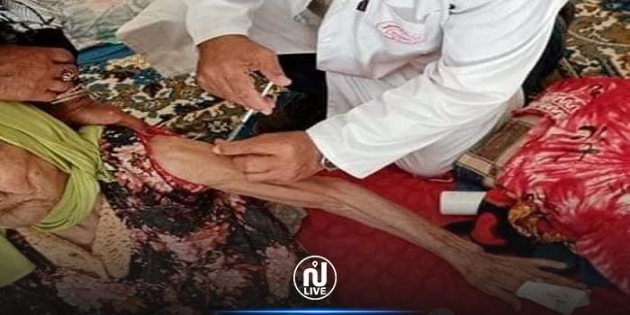 بنزرت: تطعيم مسنّة تبلغ من العمر 118 سنة بالجرعة الثانية من لقاح كورونا