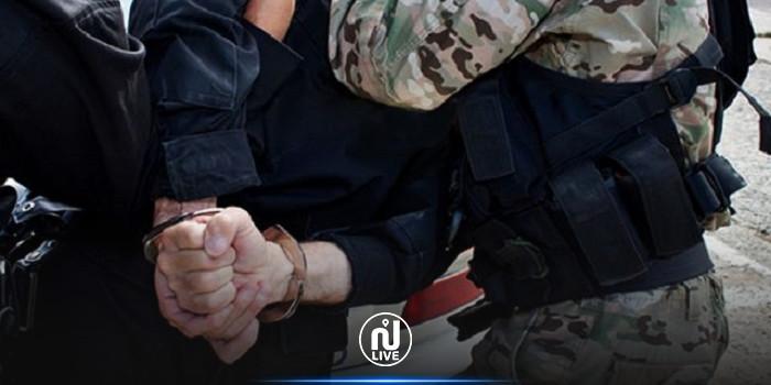 بتهمة التهجم على رئاستي الجمهورية والحكومة: إيقاف شاب بتطاوين وإيداعه سجن حربوب