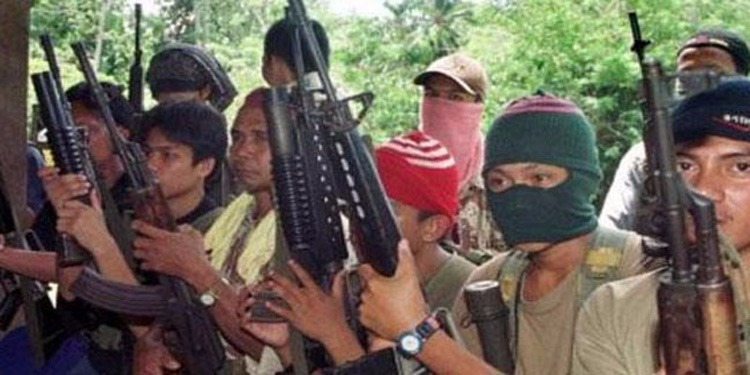 """جماعة """"أبو سياف"""" تقطع رأس الرهينة الكندي في جنوب الفيليبين"""