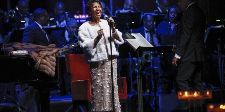 La reine de la Soul, Aretha Franklin, tire sa révérence (Vidéo)