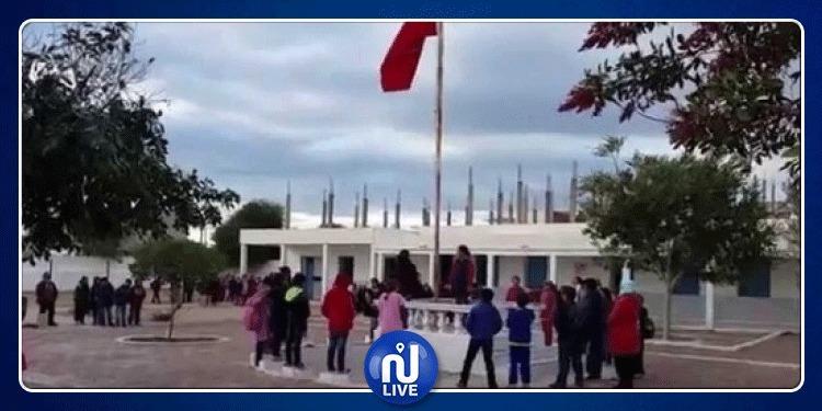 سيدي بوزيد: مديري المدارس يحتجون على قرار إيقاف مدير مدرسة الحفاصة