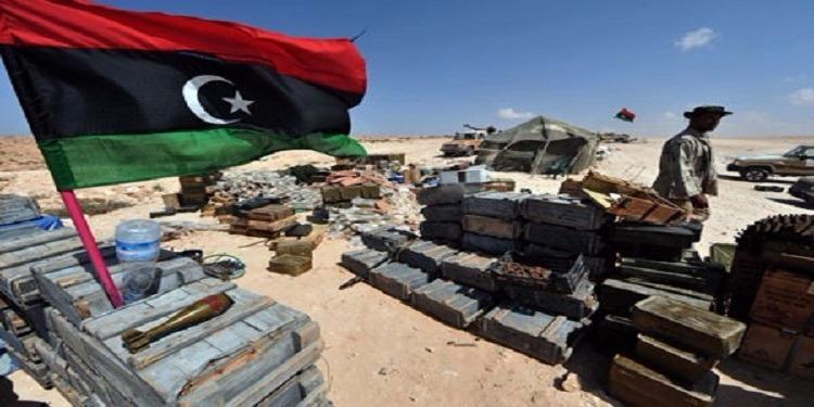 من وراء انتعاش سوق السلاح  وانتشار الأسلحة بين المواطنين في ليبيا ؟