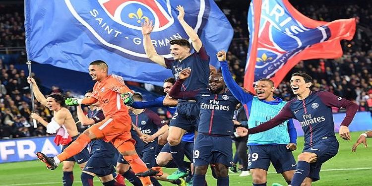 الليغ 1: باريس سان جرمان ''يذل'' موناكو.. ويتوج بلقب البطولة