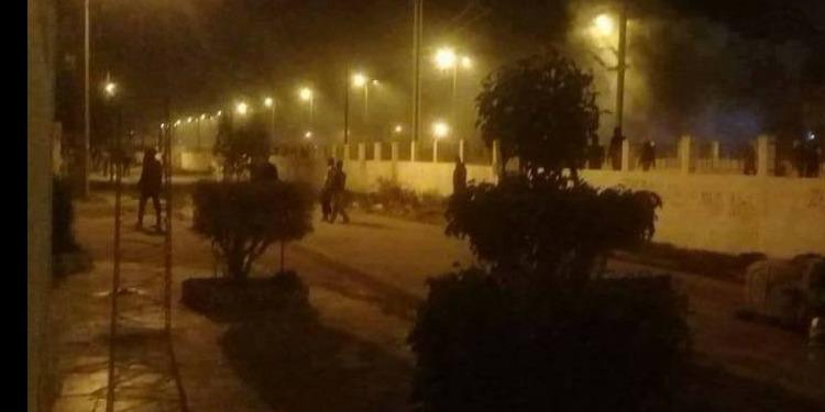 حمام الأنف: الأهالي ينضمّون لرجال الأمن في التصدي لمنحرفين هاجموا قطار سوسة