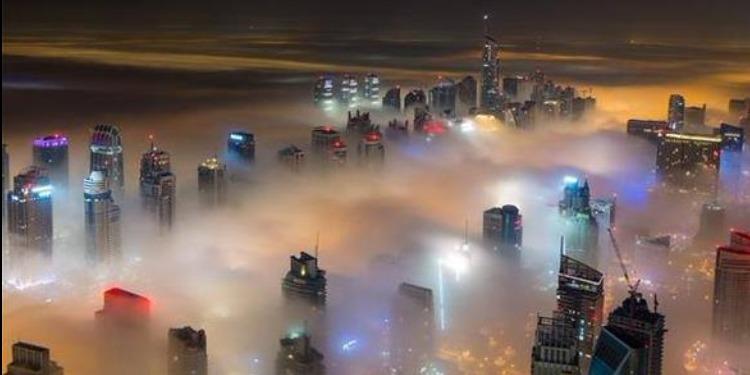 طيران الإمارات تلغى 10 رحلات بسبب الضباب الكثيف