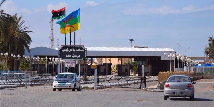 مدنين: استئناف حركة العبور بمعبر راس جدير الحدودي