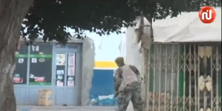 بالفيديو: مواجهات بين الإرهابيين وقوات الجيش والحرس في بن قردان (حصري)