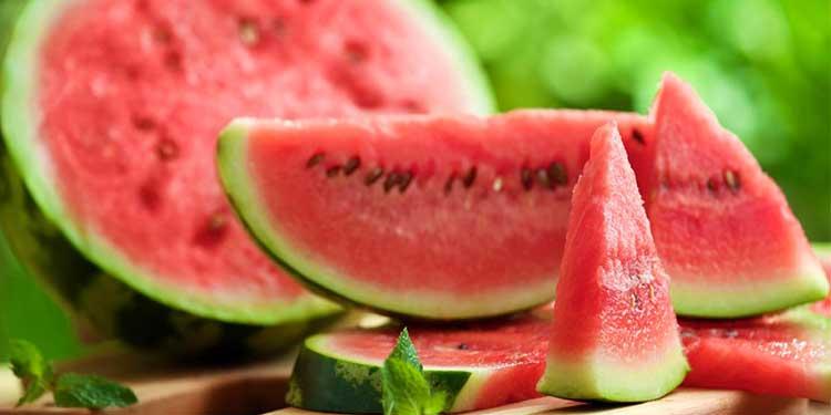 كيف يساعد البطيخ على إنقاص الوزن بسرعة !