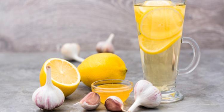 مشروب طبيعي على الريق يخلص من السموم ويحمي من الأمراض
